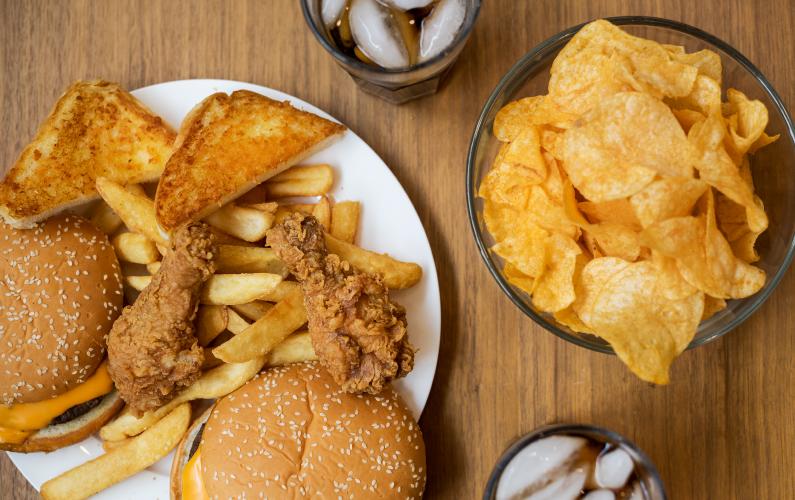 Mengenal Gejala Kolesterol Tinggi, Penyebab, serta Cara Menurunkan Kolesterol Tinggi